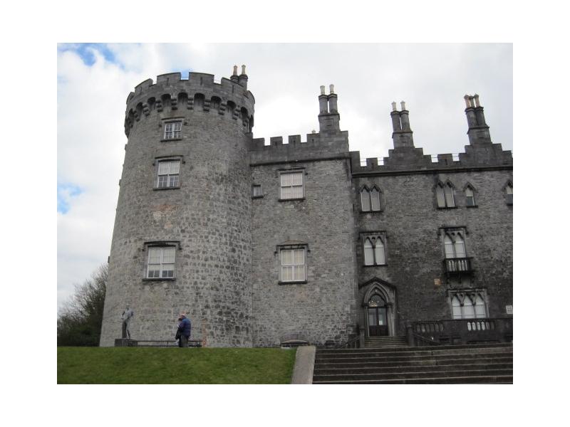 Chauffeur services ireland Kinnity Castle