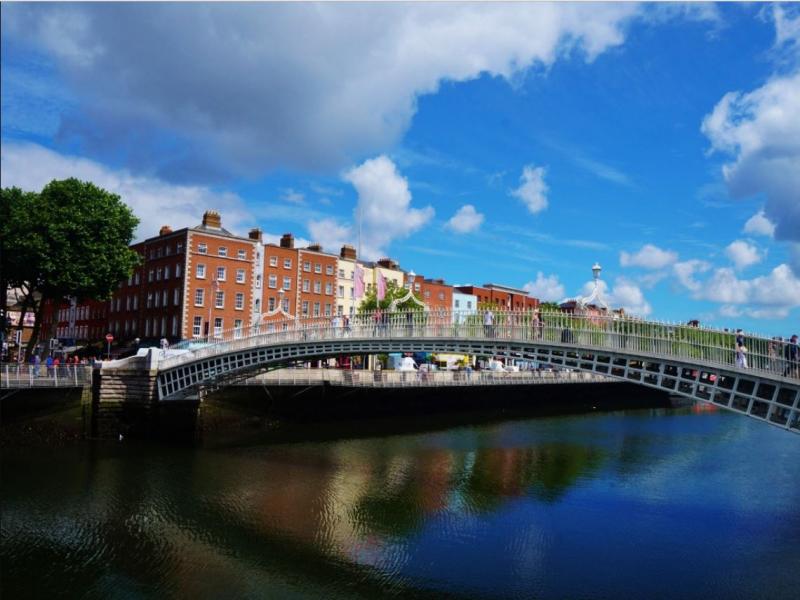 Chauffeur tour of Dublin